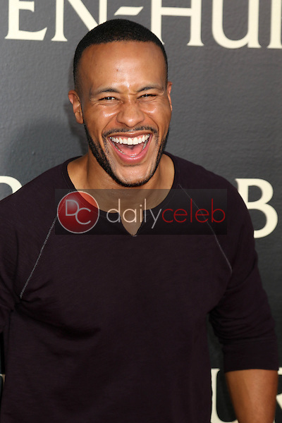 DeVon Franklin<br /> at the &quot;Ben-Hur&quot; Premiere, TCL Chinese Theater IMAX. Hollywood, CA 08-16-16<br /> David Edwards/DailyCeleb.com 818-249-4998