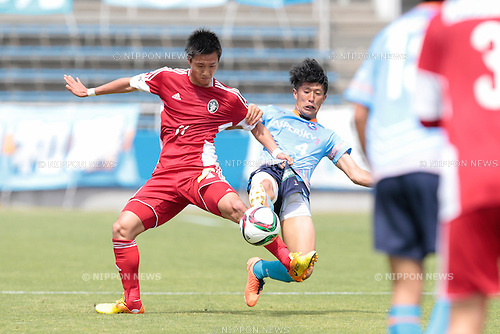 (L to R) <br /> Daiki Yanagishita (U-22 J.League), <br /> Kosuke Matsuda (Y.S.C.C.Yokohama), <br /> APRIL 29, 2015 - Football /Soccer : <br /> 2015 J3 League match <br /> between Y.S.C.C.Yokohama 0-0 U-22 J.League selection <br /> at NHK Spring Mitsuzawa Football Stadium, Kanagawa, Japan. <br /> (Photo by AFLO SPORT)