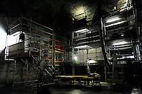 Milano, Castello Sforzesco, La Sala delle Asse riapre per EXPO 2015 e presenta &ldquo;il Leonardo ritrovato&rdquo;. Lavori di restauro per il recupero del monocromo e nuove tracce di disegni attribuibili a Leonardo. Cantiere Sala delle Asse.<br /> Milan, Castello Sforzesco, La Sala delle Asse reopens for EXPO 2015 and presents &quot;the rediscovered Leonardo &quot;. Restoration works for the recovery of the monochrome and new traces of drawings attributed to Leonardo.