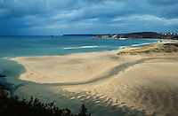 Europe/France/Bretagne/22/Côtes d'Armor/Sables d'Or les Pins: La plage et la Cap Fréhel à l'arrière plan