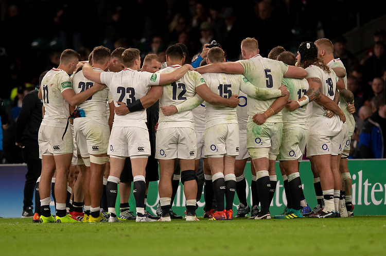 England team at the end of the match<br /> <br /> Photographer Bob Bradford/CameraSport<br /> <br /> Quilter Internationals - England v South Africa - Saturday 3rd November 2018 - Twickenham Stadium - London<br /> <br /> World Copyright © 2018 CameraSport. All rights reserved. 43 Linden Ave. Countesthorpe. Leicester. England. LE8 5PG - Tel: +44 (0) 116 277 4147 - admin@camerasport.com - www.camerasport.com