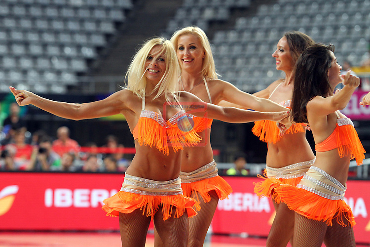 2014 FIBA Basketball World Cup - Round of 16.<br /> New Zealand vs Lithuania: 71 - 76.<br /> Khimki Dancers.