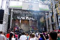 CURITIBA, PR, 09.11.2013 –  No sábado e domingo, dias 9 e 10, em uma grande celebração, a cidade receberá inúmeros artistas que se apresentarão em palcos montados <br /> no centro de Curitiba. No final de semana também acontecem diversos eventos gastronômicos, de moda, de circo, games, artes visuais, cinema, teatro, stand-up, literatura, e arte urbana. FOTO: PAULO LISBOA – BRAZIL PHOTO  PRESS