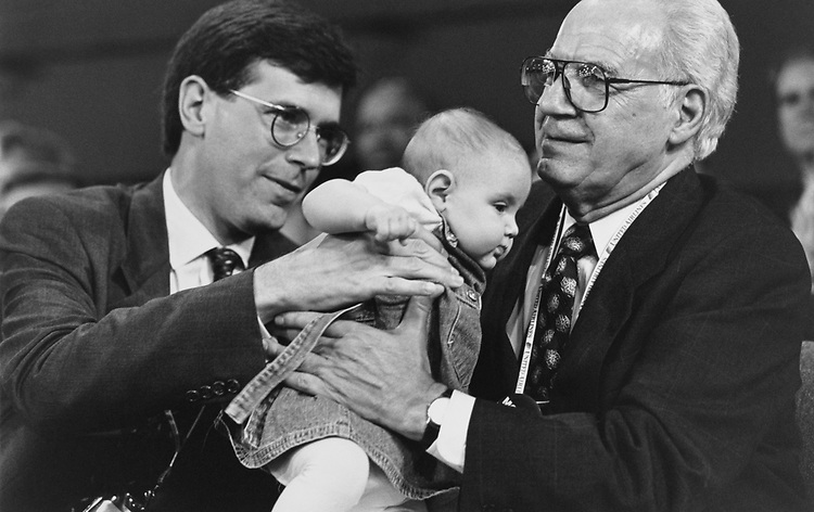 Rep. Bill Paxon, R-N.Y. with daughter and Former Rep. Guy Molinari, R-N.Y. at 1996 GOP Convention on Feb. 26, 1996. (Photo by Maureen Keating/CQ Roll Call)