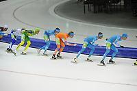 SCHAATSEN: HEERENVEEN: 25-10-2014, IJsstadion Thialf, Marathonschaatsen, KPN Marathon Cup 2, Niels Mesu (#35), Jorrit Bergsma (#13), Ingmar Berga (#5), Bob de Vries (#1), ©foto Martin de Jong
