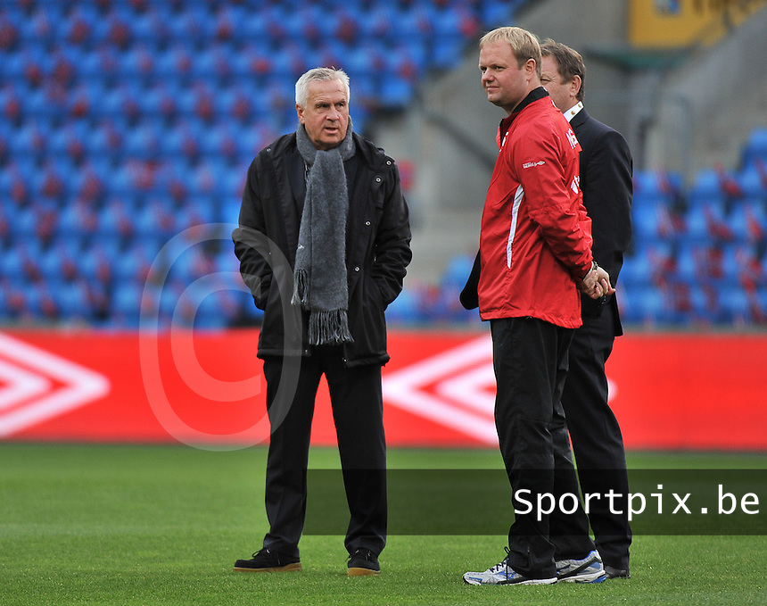 20130925 - OSLO , NORWAY : Norwegian coach Even Pellerud (left) pictured during the female soccer match between Norway and Belgium , on the second matchday in group 5 of the UEFA qualifying round to the FIFA Women World Cup in Canada 2015 at the Ullevaal Stadion , Oslo . Wednesday 25th September 2013. PHOTO DAVID CATRY