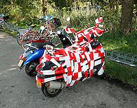Amsterdam- Scooter is ingepakt met afzetlint
