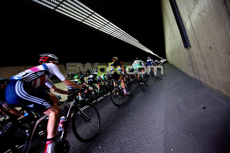 Picture by Charlie Forgham-Bailey/SWpix.com - 14/09/2014 - Cycling - 2014 Friends Life Tour of Britain - Stage 8b, London Circuit Race - The peloton ride through Blackfriars Underpass.