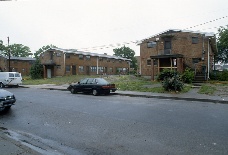1995 May ..Assisted Housing..Calvert Square..GRANT.TARGET BLOCK BEFORE...NEG#.NRHA#..