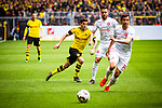 11.05.2019, Signal Iduna Park, Dortmund, GER, 1.FBL, Borussia Dortmund vs Fortuna D&uuml;sseldorf, DFL REGULATIONS PROHIBIT ANY USE OF PHOTOGRAPHS AS IMAGE SEQUENCES AND/OR QUASI-VIDEO<br /> <br /> im Bild | picture shows:<br /> Christian Pulisic (Borussia Dortmund #22) mit Niko Giesselmann (Fortuna #23) und Markus Suttner (Fortuna #14), <br /> <br /> Foto &copy; nordphoto / Rauch