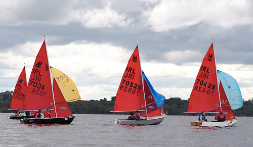 Fourteen Mirrors contested Double Ree Regatta