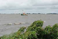 SKÛTSJESILEN: WOUDSEND: De Hegemer Mar, 28-07-2015, Afgelast wegens te veel wind (6 bft), ©foto Martin de Jong