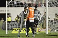 MOGI MIRIM, SP, 04 de MAIO 2013 - Neymar comemora gol em penaltes durante a Semifinal Mogi Mirim x Santos no Estadio Romildo Vitor Gomes Ferreira (Romildao) em Mogi Mirim  (FOTO: ADRIANO LIMA / BRAZIL PHOTO PRESS).