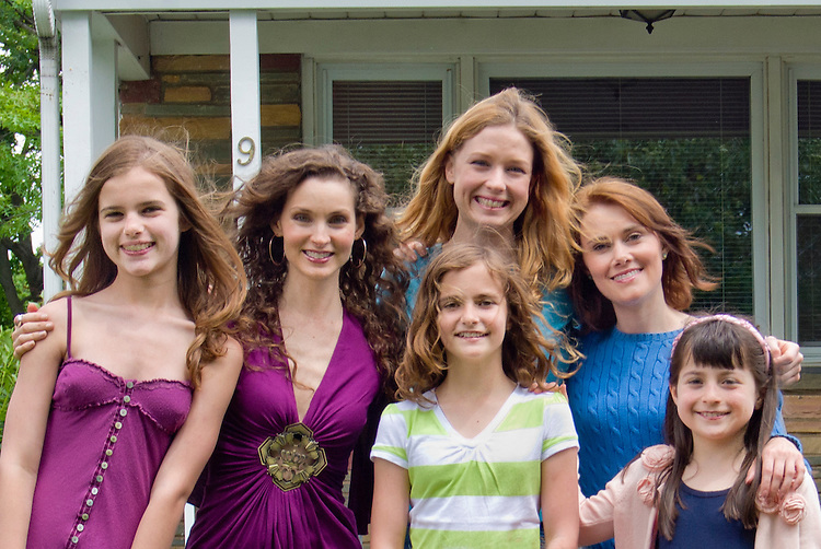 """The """"Sisters"""" of Lies I Told My Little Sister film: actresses Alicia Minshew and Ava Kelley, Lucy Walters and Alana Peyton Smith, Michelle Petterman and Rachel Weintraub - Sarah, Cory, Jane, children and adults"""