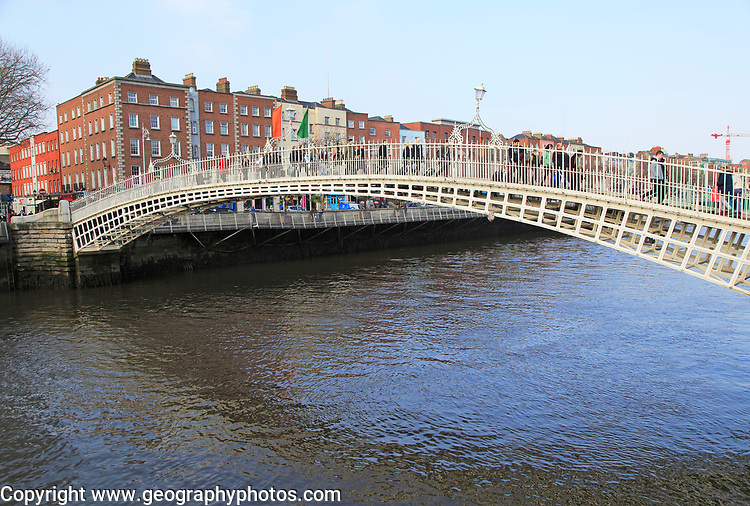 Ha'penny Bridge, historic pedestrian bridge crossing River Liffey, city of Dublin, Ireland, Irish Republic built 1816