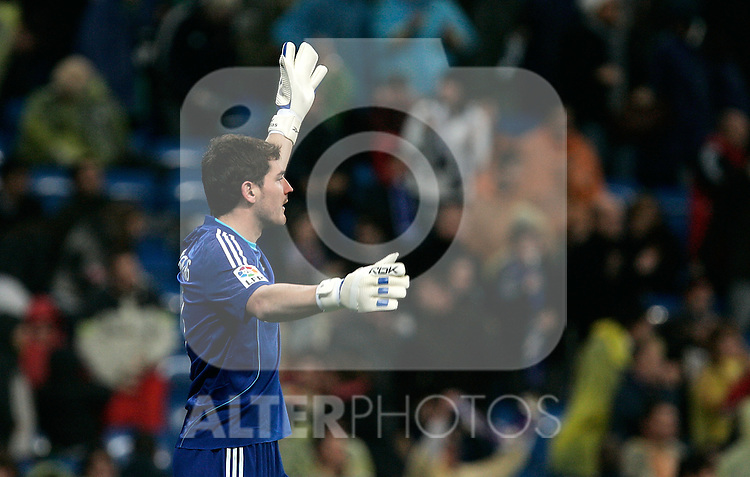 Real Madrid's Iker Casillas reacts during La Liga match, December 07, 2008. (ALTERPHOTOS/Alvaro Hernandez).