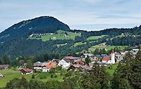 Austria, Vorarlberg, Sibratsgfaell: village view, popular hiking and mountainbike region at Bregenzerwald | Oesterreich, Vorarlberg, Sibratsgfaell: Ortsuebersicht, bei Urlaubern beliebtes Ziel fuer Wanderungen und Mountainbike-Touren im Bregenzerwald