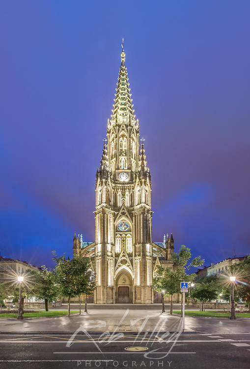 Spain, San Sebastian, San Sebastian Cathedral of the Good Sheperd at Twilight
