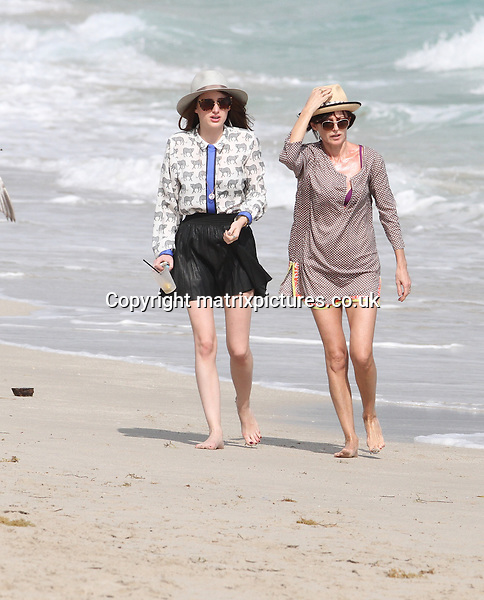 NON EXCLUSIVE PICTURE: MATRIXPICTURES.CO.UK.PLEASE CREDIT ALL USES..UK, AUSTRALIA, NEW ZEALAND AND ASIA RIGHTS ONLY..English 'Made In Chelsea' reality television star Rosie Fortescue is pictured enjoying her Christmas vacation while holidaying on Miami Beach...DECEMBER 28th 2012..REF: KDA 126138..XIM