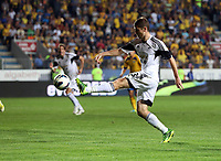 Thursday 29 August 2013<br /> Pictured: Ben Davies of Swansea takes a shot off target<br /> Re: Petrolul Ploiesti v Swansea City FC UEFA Europa League, play off round, 2nd leg, Ploiesti, Romania.