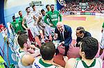 ****BETALBILD**** <br /> Uppsala 2015-04-24 Basket SM-Final 3 Uppsala Basket - S&ouml;dert&auml;lje Kings :  <br /> S&ouml;dert&auml;lje Kings tr&auml;nare headcoach coach Vedran Bosnic reagerar under en timeout under matchen mellan Uppsala Basket och S&ouml;dert&auml;lje Kings <br /> (Foto: Kenta J&ouml;nsson) Nyckelord:  Basket Basketligan SM SM-final Final Fyrishov Uppsala S&ouml;dert&auml;lje Kings SBBK tr&auml;nare manager coach diskutera argumentera diskussion argumentation argument discuss arg f&ouml;rbannad ilsk ilsken sur tjurig angry