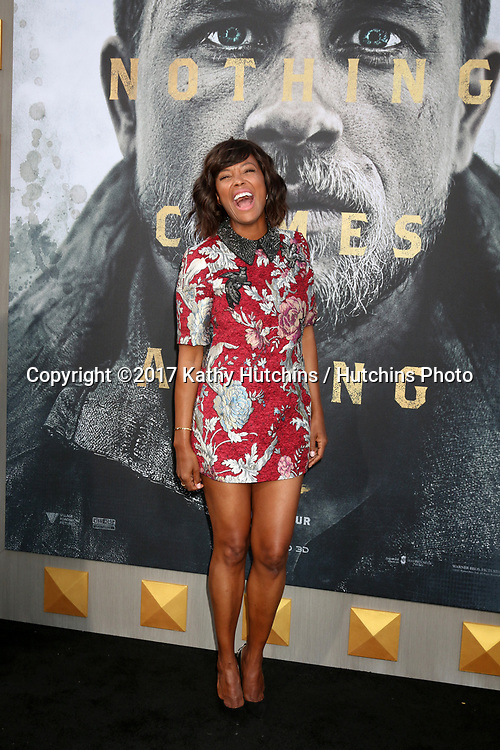 """LOS ANGELES - MAY 8:  Aisha Tyler at the """"King Arthur Legend of the Sword"""" World Premiere on the TCL Chinese Theater IMAX on May 8, 2017 in Los Angeles, CA"""