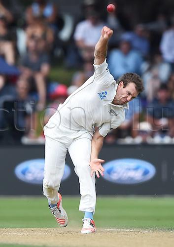 14.02.2016. Basin Reserve, Wellington, New Zealand. New Zealand versus Australia First Test. New Zealand versus Australia First Test.Doug Bracewell bowling.