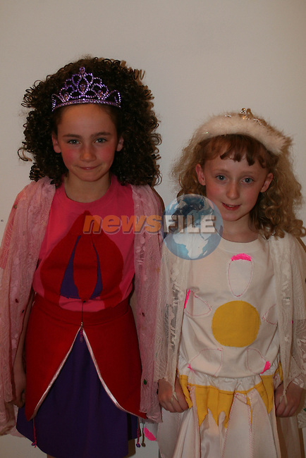 Niamh Byrne and Natasha Martin from the Lolo Robinson School of Irish Dancing at  'Dance by the Boyne' in the Droichead Arts Centre...Photo NEWSFILE/Jenny Matthews.(Photo credit should read Jenny Matthews/NEWSFILE)....This Picture has been sent you under the condtions enclosed by:.Newsfile Ltd..The Studio,.Millmount Abbey,.Drogheda,.Co Meath..Ireland..Tel: +353(0)41-9871240.Fax: +353(0)41-9871260.GSM: +353(0)86-2500958.email: pictures@newsfile.ie.www.newsfile.ie.FTP: 193.120.102.198.