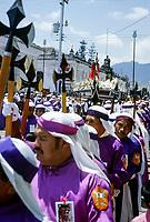 Guatemala, Antigua, processione del venerdì santo.<br /> Guatemala, Antigua, the Good Friday procession.