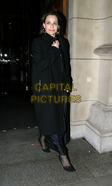 KRISTIN SCOTT THOMAS.Cirque Du Soleil charity performance at the Royal Albert Hall and aftershow dinner at the V&A Museum.5 February 2004.full length, full-length, long black coat.www.capitalpictures.com.sales@capitalpictures.com.© Capital Pictures.