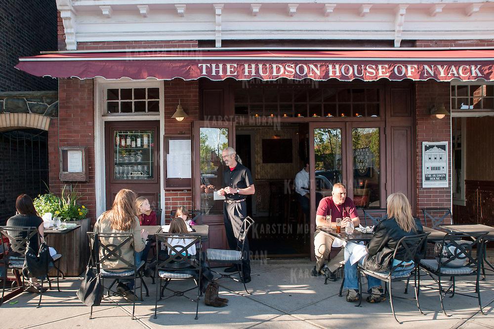 Hudson Valley Dining The Hudson House Nyack Ny Karsten