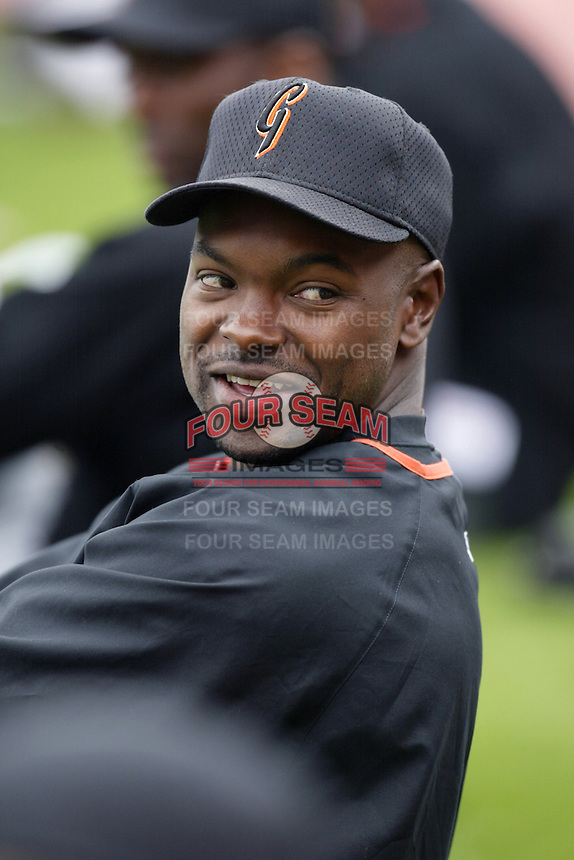 Calvin Murray of the San Francisco Giants before a 2002 MLB season game against the Los Angeles Dodgers at Dodger Stadium, in Los Angeles, California. (Larry Goren/Four Seam Images)