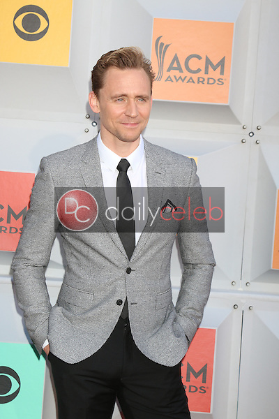 Tom Hiddleston<br /> at the 2016 Academy of Country Music Awards Arrivals, MGM Grand Garden Arena, Las Vegas, NV 04-03-16<br /> David Edwards/DailyCeleb.com 818-249-4998