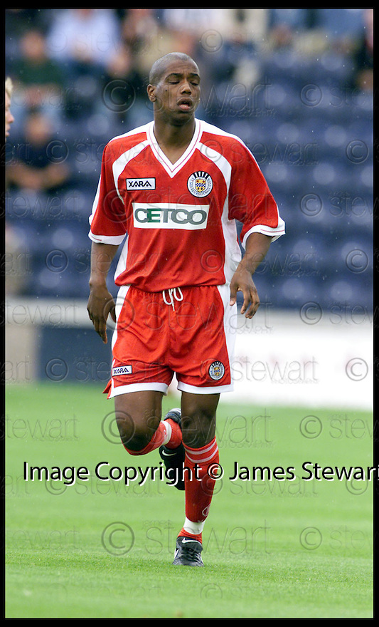 Copyright Pic : James Stewart                        ..JUNIOR MENDES : ST MIRREN FC..Payments to :-.James Stewart Photo Agency, Stewart House, Stewart Road, Falkirk. FK2 7AS      Vat Reg No. 607 6932 25.Office : 01324 630007        Mobile : 0421 416997.E-mail : JSpics@aol.com.If you require further information then contact Jim Stewart on any of the numbers above.........