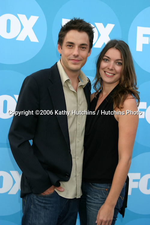 John Sloan & Michelle Featherstone.Fox TCA Party  Summer 06.Ritz-Carlton Hotel.Pasadena, CA.July 25, 2006.©2006 Kathy Hutchins / Hutchins Photo....