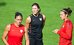 15.06.2011, Steinbergstadion, Leogang, AUT, FIFA WOMENS WORLDCUP 2011, PREPERATION, USA, im Bild Shannon Boxx, (USA, #7), Hope Solo, (USA, #1), Carli Lloyd, (USA, #10) während eines Trainings zur Vorbereitung auf die FIFA Damen Fussball Weltmeisterschaft 2011 in Deutschland // during a Trainingssession for the FIFA Women´s Worldcup 2011 in Germany, on 2011/06/15, Steinberg Stadium, Leogang, Austria, EXPA Pictures © 2011, PhotoCredit: EXPA/ J. Feichter