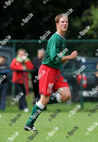 2011-08-28 / Voetbal / seizoen 2011-2012 / VC Poederlee / Stef Embrechts..Foto: Mpics