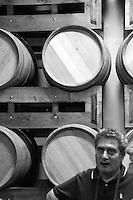 Cutrofiano (Le) - Cantine Aperte 2010 - Visita alle Cantine Palamà: botti utilizzate per la conservare il vino