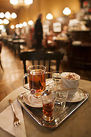 Europe/Autriche/Niederösterreich/Vienne: Café traditionnel viennois: Sperl - Thé  et rhum, café viennois