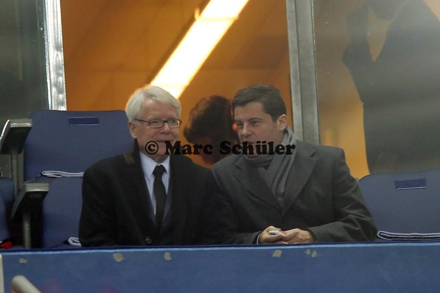 DFL-Vorsitzender Dr. Reinhard Rauball (D) mit GEschaeftsfuehrer Christian Seifert