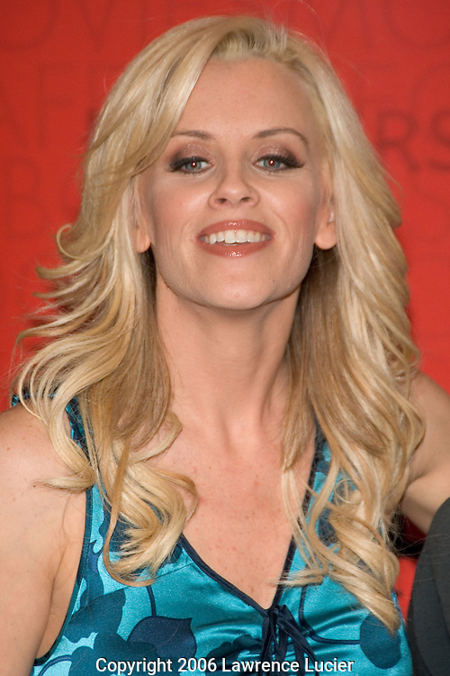 "Actress Jenny McCarthy autographs her new book ""Life Laughs"" April 26, 2006, at Borders Time Warner Center in New York City.. (Pictured : Jenny McCarthy)."