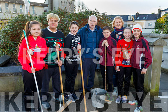 Caretaker, Denis Callaghan retiring from Moydewell NS on Monday standing with his cleaning crew at the school on Monday. <br /> L to r: Faye O'Neill, Jose Valle Rosales, Gerard O'Shea, Kevin Gaxha, Aoife Hartnett, Saoirse O'Connor McCarthy and Moire Quinlan (Principal).