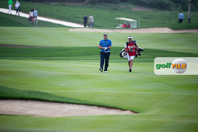 Ricardo Gouveia (POR) on the 18th during the final round of the Abu Dhabi HSBC Championship, Abu Dhabi Golf Club, Abu Dhabi,  United Arab Emirates. 22/01/2017<br /> Picture: Golffile | Fran Caffrey<br /> <br /> <br /> All photo usage must carry mandatory copyright credit (&copy; Golffile | Fran Caffrey)
