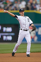 Detroit Tigers shortstop Adam Everett #4 on defense against the New York Yankees at Comerica Park April 27, 2009 in Detroit, Michigan.  Photo by Brian Westerholt / Four Seam Images