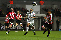 Pictured: Darren Pratley of Swansea City in action <br />
