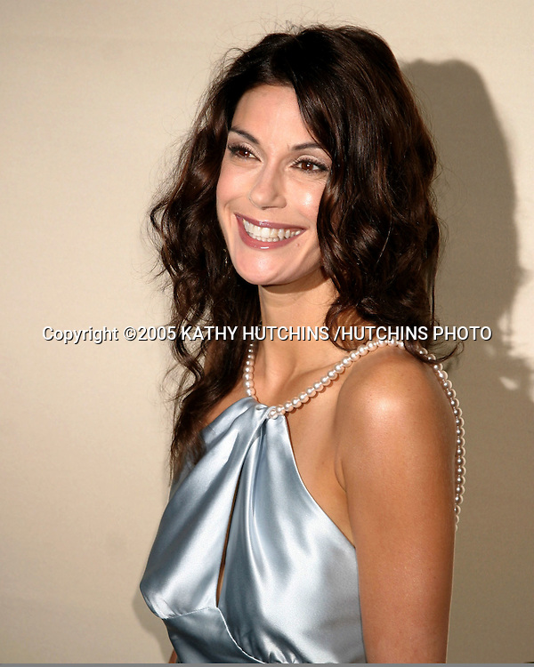 TERI HATCHER.AN EVENING WITH DESPERATE HOUSEWIVES.TELEVISION ACADEMY.NO HOLLYWOOD, CA.FEBRUARY 22, 2005.©2005 KATHY HUTCHINS /HUTCHINS PHOTO..