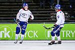Uppsala 2013-11-20 Bandy Elitserien IK Sirius - Edsbyns IF :  <br /> Edsbyn Daniel Liw gratuleras av Edsbyn Simon Jansson  efter sitt  3-1 m&aring;l<br /> (Foto: Kenta J&ouml;nsson) Nyckelord:  jubel gl&auml;dje lycka glad happy