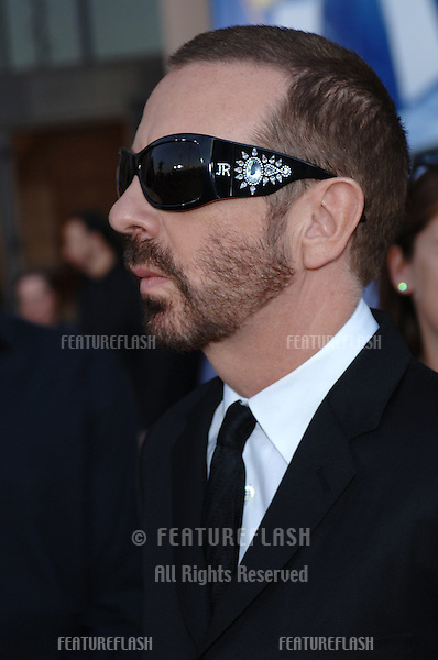 DAVE STEWART of The Eurythmics at the 2005 American Music Awards in Los Angeles..November 22, 2005; Los Angeles, CA:  .© Paul Smith / Featureflash