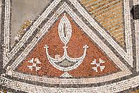 Nordzypern, Basilika Agias Trias bei Sipahi, errichtet 550 n.Chr., Mosaik