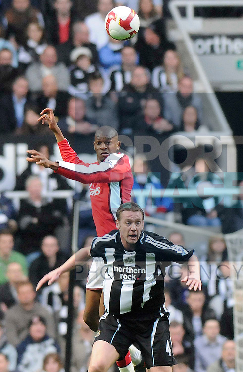 Newcastle's Kevin Nolan and Arsenal's Abou Diaby.